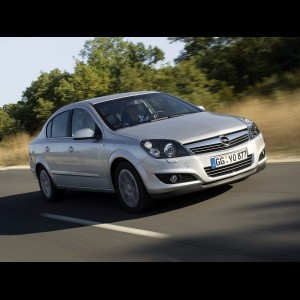 Opel Astra H 2004 - 2012. Седан